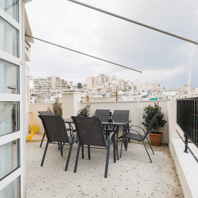 Sunny apartment with view - Kipseli, Athens - View from balcony