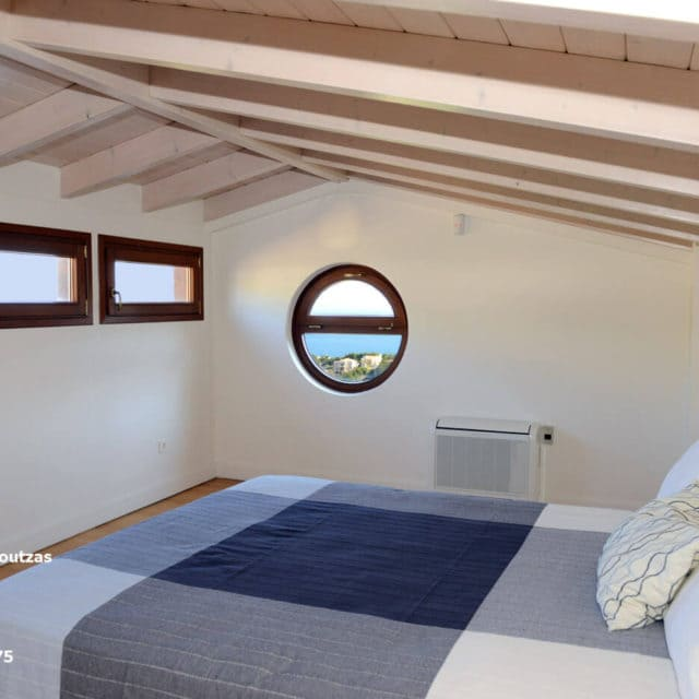 Villa Marina Neos Voutzas - The Attic over third floor with a small cozy balcony with panoramic view